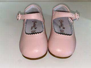 Zapatos merceditas en color rosa y piel. Talla 21