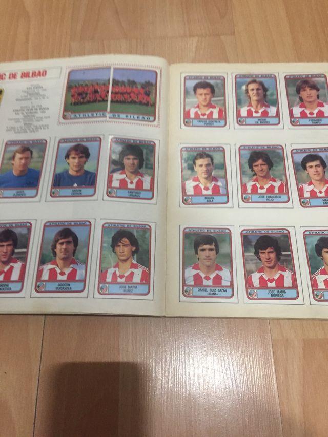 Álbum cromos fútbol 82