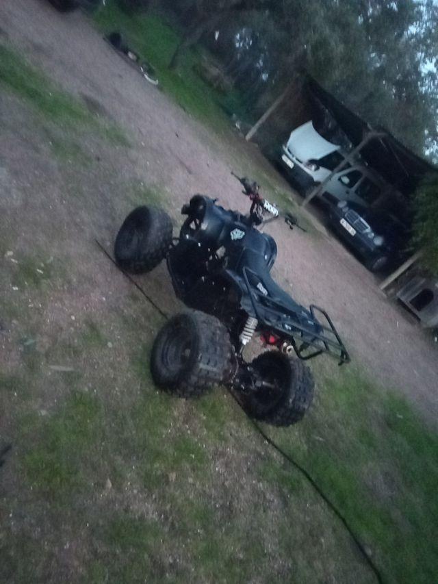 Quad de 125 CC y también cambio moto de 125 cc