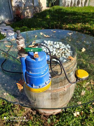 Bomba de achique de agua
