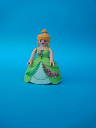 P24 Playmobil princesa