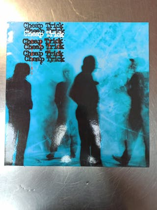 Cheap Trick, Standing On The Edge, Vinilo