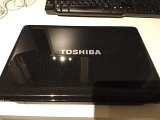 Portatil Toshiba *LEER*