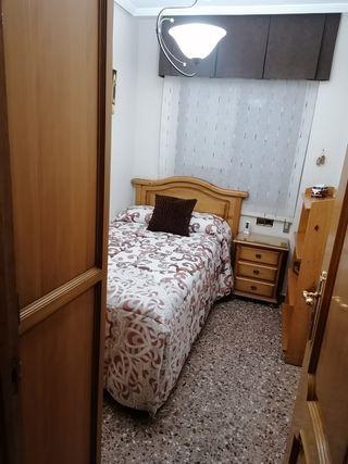 dormitorio provenzal madera
