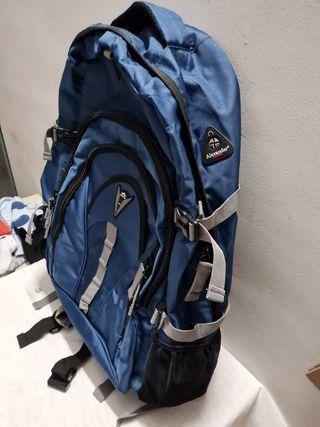 mochila de montaña mui completa