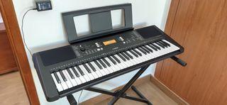 Piano Yamaha PSR-E363