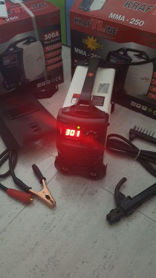 Nueva máquina de soldar Inverter 300@