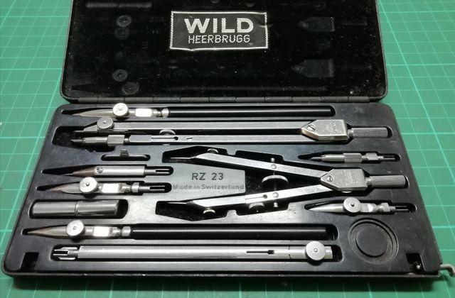Caja de compás Wild RZ 23