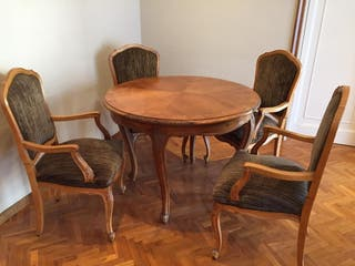 Mesa silla clásicas