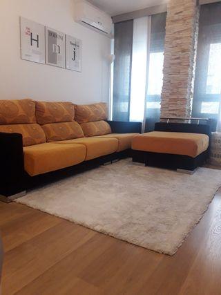 Sofa con puff arcon