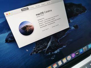 macbook pro 13 2018 256gb y 8 ram