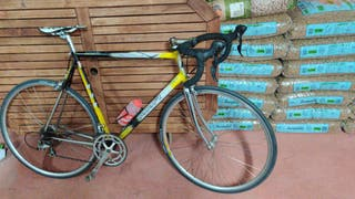 bicicleta mmr montada en shimano 105 2x9
