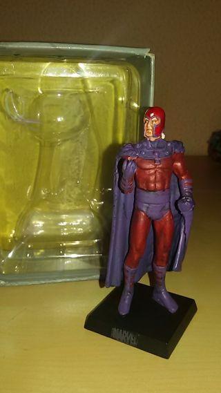 figura plomo marvel Magneto