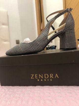 Zapatos de Zendra