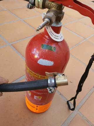 Bomba de aire para talonar cubiertas Tubeless bici