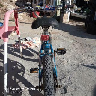 bicicleta niño, BMX, Monty, BH.
