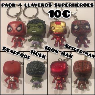Pack 4 llaveros PVC Superhéroes Nuevos
