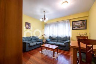 Apartamento de 70 m² Calle Estrada da Granxa, 2700