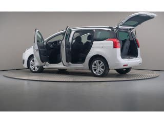 Peugeot 5008 1.6 BlueHDi Allure EAT6 88 kW (120 CV)