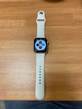 Apple Watch 5 42mm