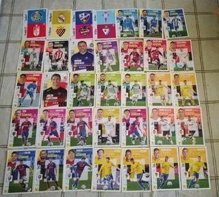 35 cromos Ediciones Este La Liga 2020/21