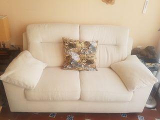 sofa beige 2 plazas