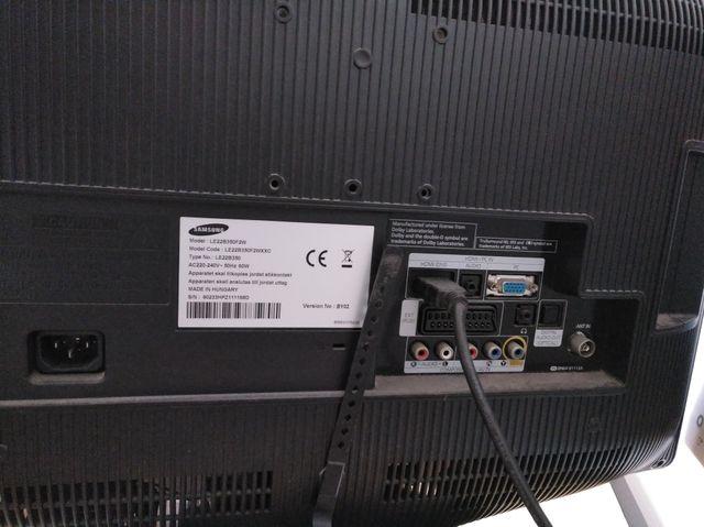 """Televisión LCD 22"""" -- Samsung"""
