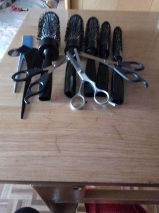 5 cepillos tres tijeras dos peines todo de