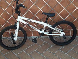 bicicleta bmx monty niño muy nueva