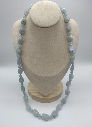 Collar de Aguamarina con cierre de plata 925 .