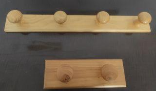 Perchero/ colgador de madera
