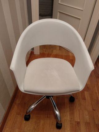 silla estudio giratoria blanca