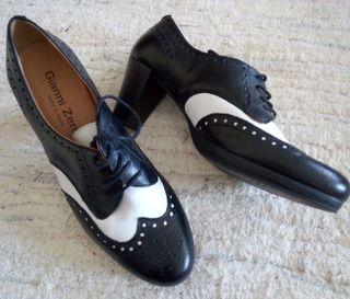 zapato cordones de piel
