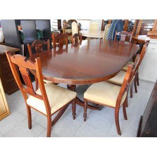 Mesa grande de madera vintage + 8 sillas
