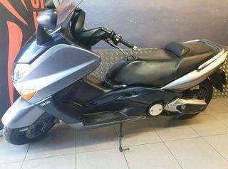 Se vende Yamaha T-Max 500 XP