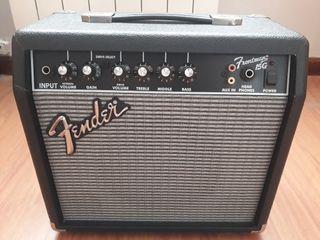 Amplificador FENDER Frontman 15G.