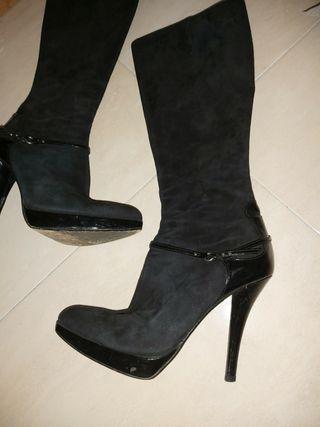 Botas de Pura Lopez negras