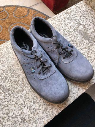 Calzado de seguridad / Zapatos T-44