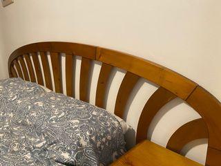 Dormitorio de matrimonio de madera