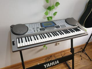 Piano CASIO CT-780