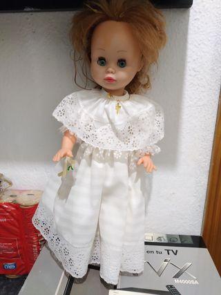 muñeca comunión no famosa