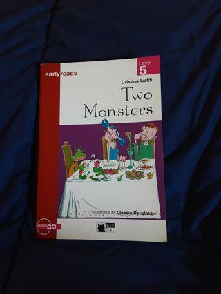 "Libro en inglés ""Two Monsters"""