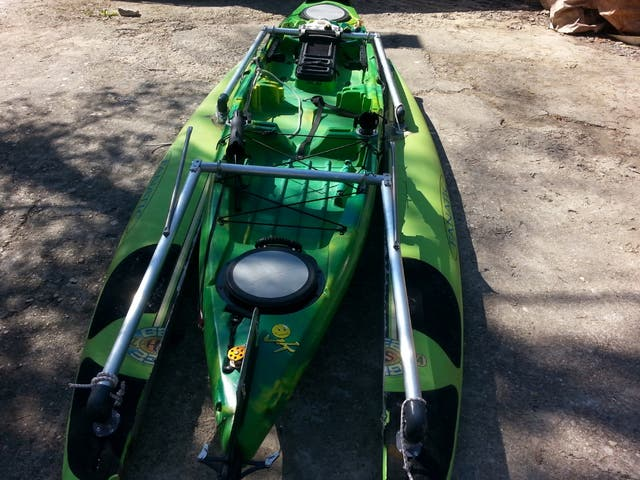 kayak Jackson cuda de pesca con vela