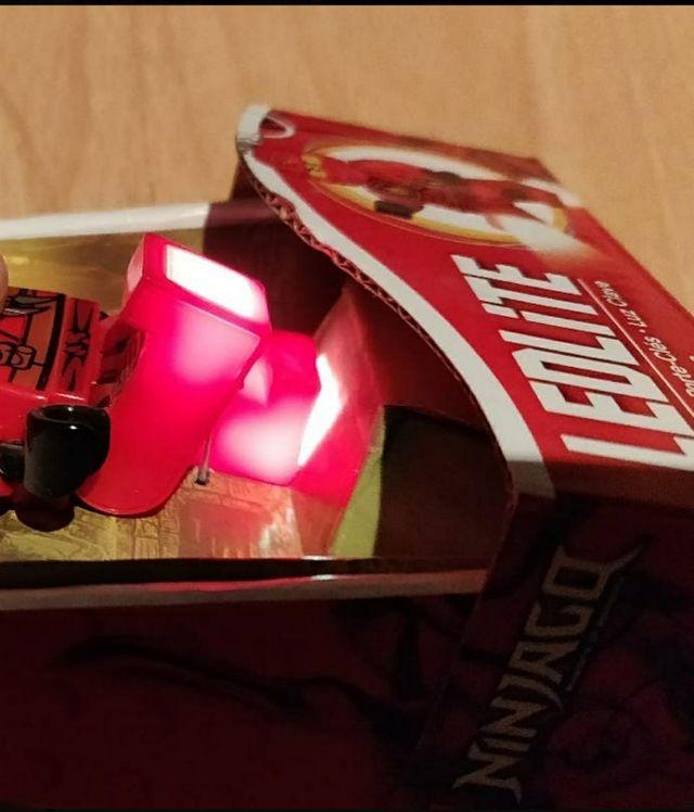 Lego. Llavero LED. BATMAN y NINJAGO. Nuevo