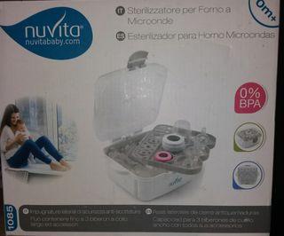 Esterilizador de biberones para microondas.