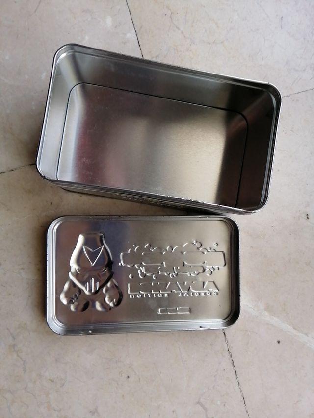 Caja metálica Gogos advance