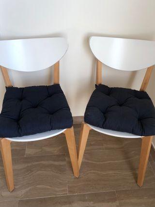 Dos cojines para silla