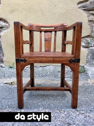 Antiguo Sillón madera maciza