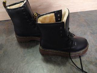 botas parecidas a las martens
