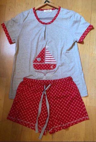 Conjunto pijama camiseta y pantalón Kimod.Nuevo